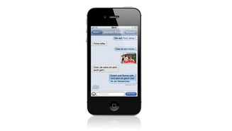 Apple iPhone 4S iMessage